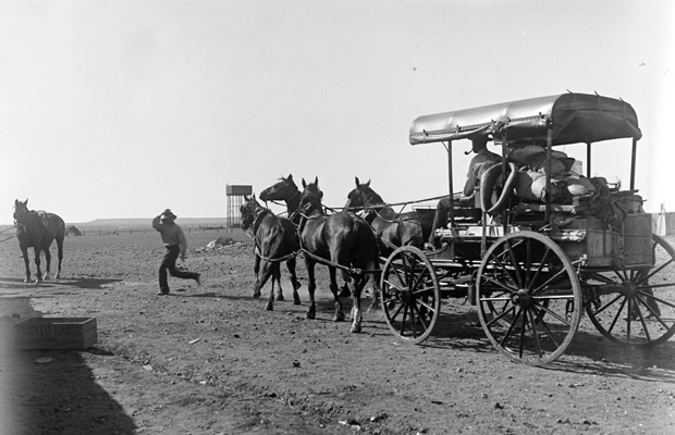 'Chance and wagon leaving Oodnadatta, Central Australia, March 1901', Spencer and Gillen Collection, Museum Victoria
